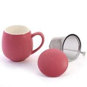 taza con filtro color rosa