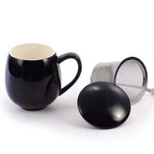 taza con filtro color negra
