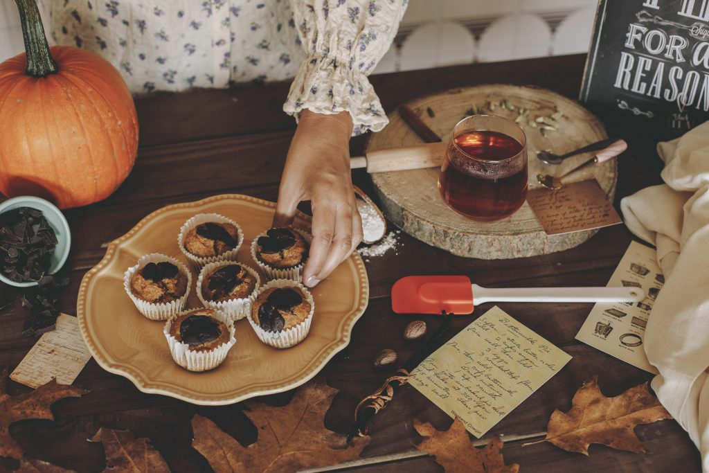 muffins de calabaza con té
